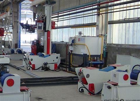 回转自动焊接中心